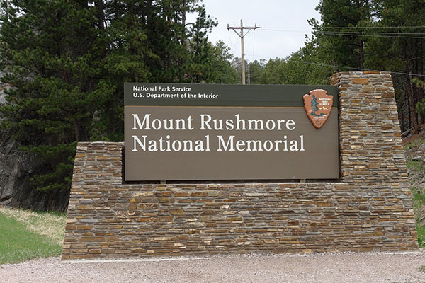 Monument Signs KY